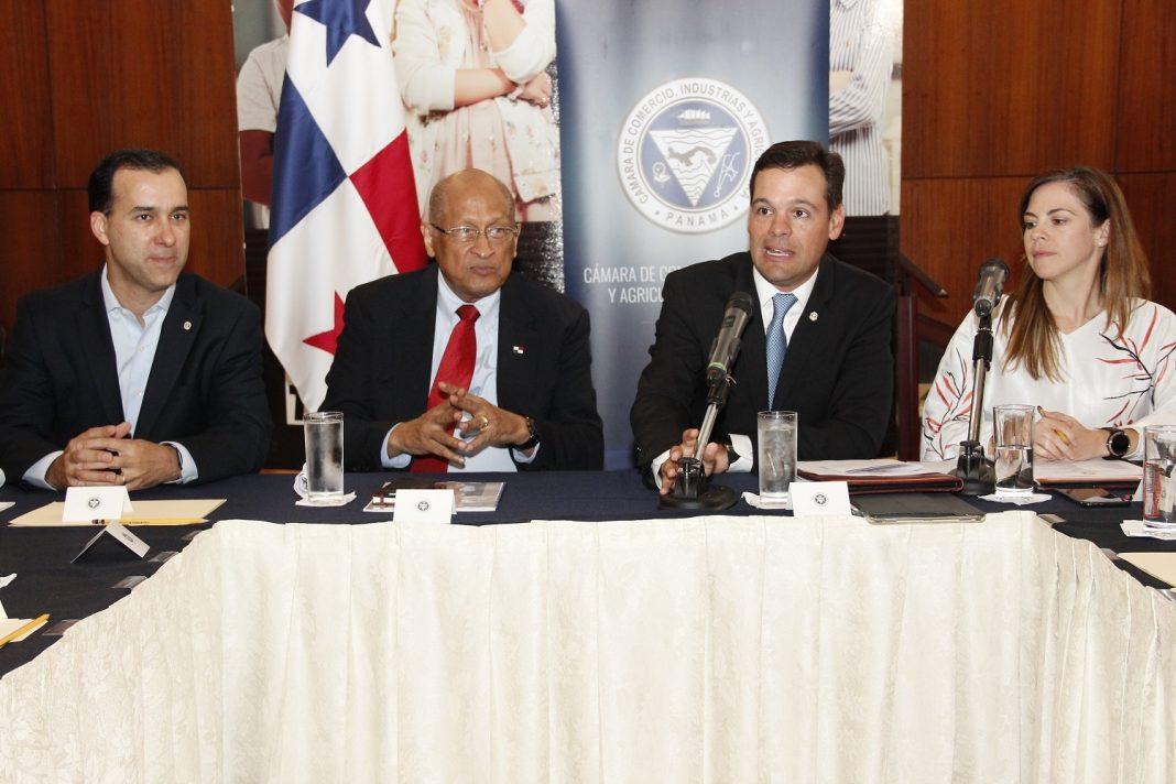 Héctor Alexander, ministro de Economía y Finanzas