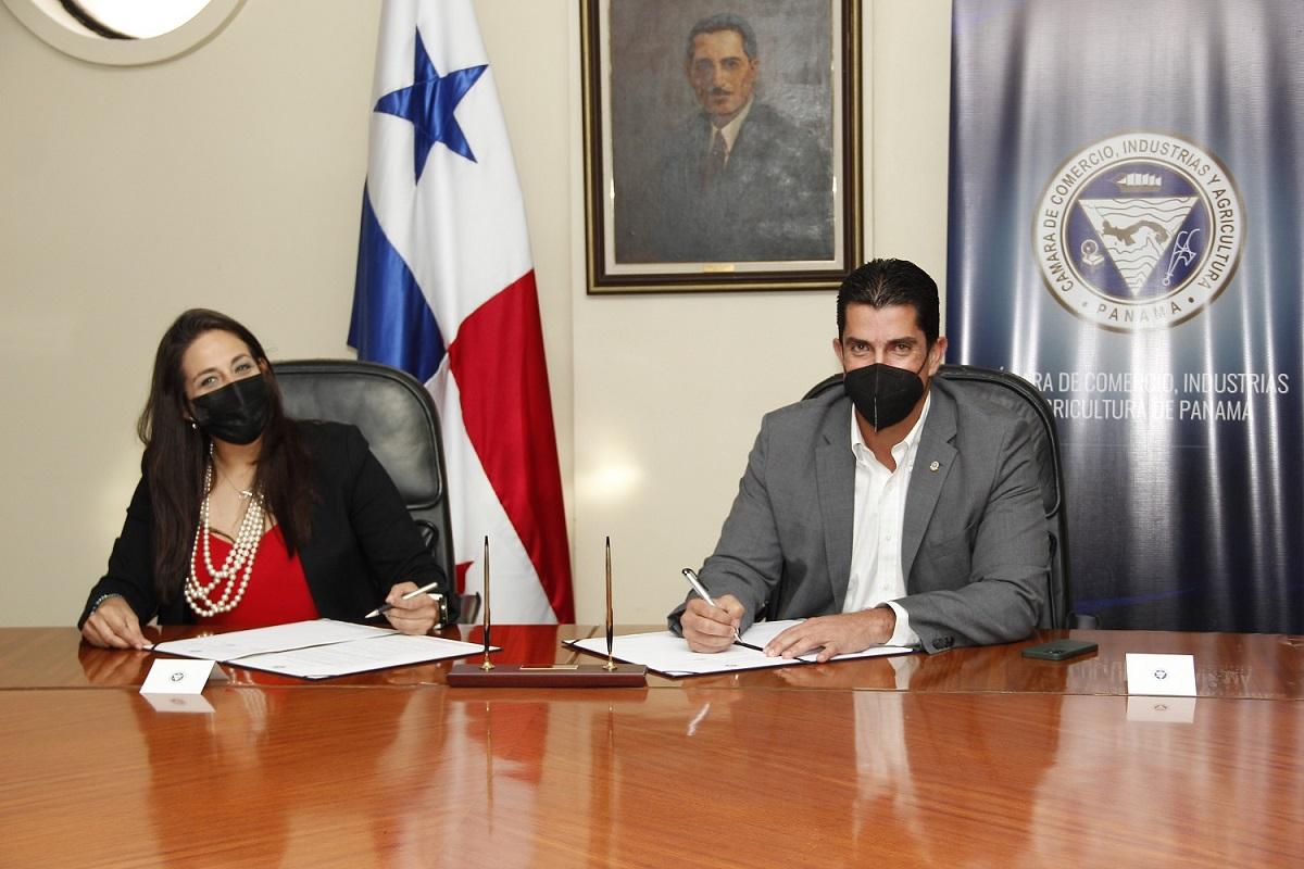 CCIAP y Digicel firman acuerdo de cooperación del Plan Fortaleza Empresarial